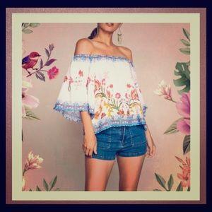 Alma Floral Print - off the shoulders top